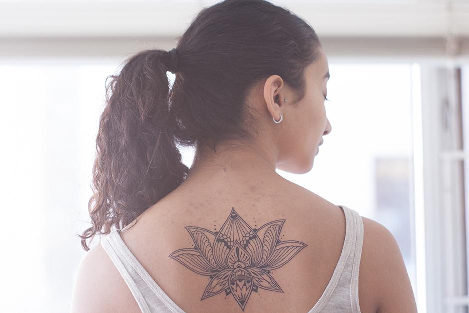 87abdd517 First-year student Sidhi Srinivasachar had her tattoo designed by Tegan  Rush. JENNIFER SU