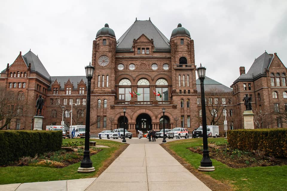 Ontario students call for freeze on tuition