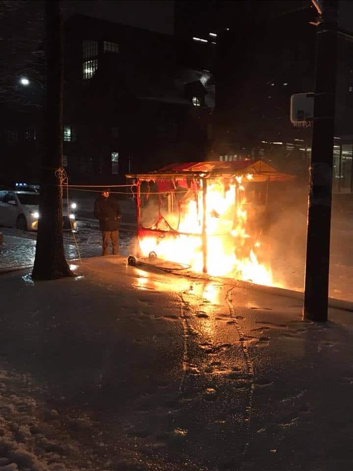Hot dog stand at Robarts catches fire