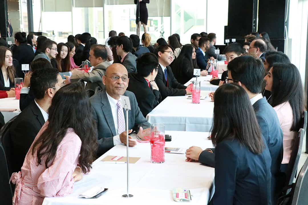 UTM students had the opportunity to network with Oxford Properties executives. PHOTO BY HARSHITHA NARAYANA AND BENJI LIM