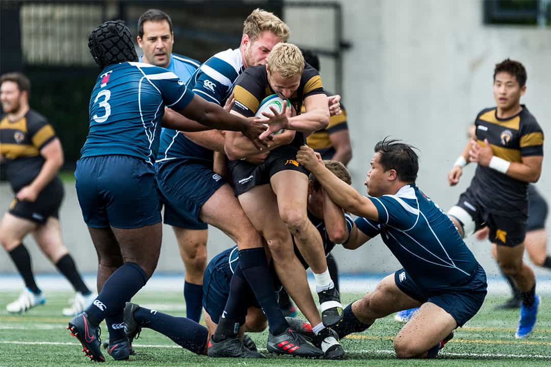 The Blues fight to even the score. COURTESY OF SEYRAN MAMMADOV/VARSITY BLUES