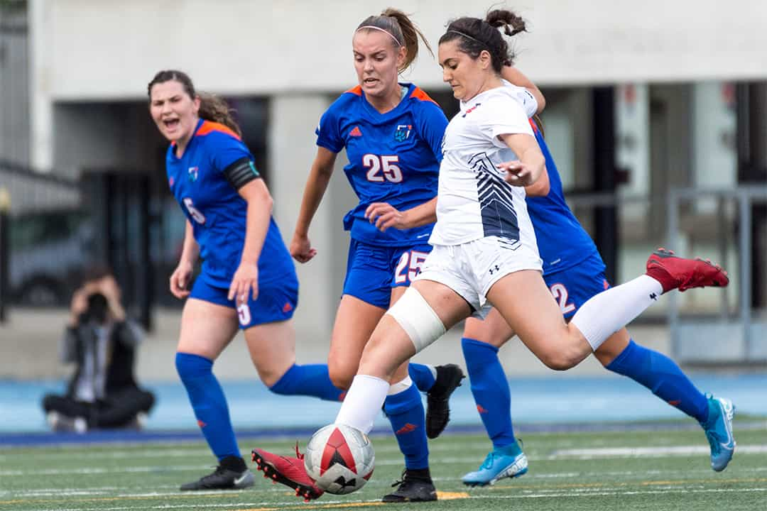 The women's soccer team gained a crucial three points in the standings on Friday. COURTESY OF SEYRAN MAMMADOV/VARSITY BLUES