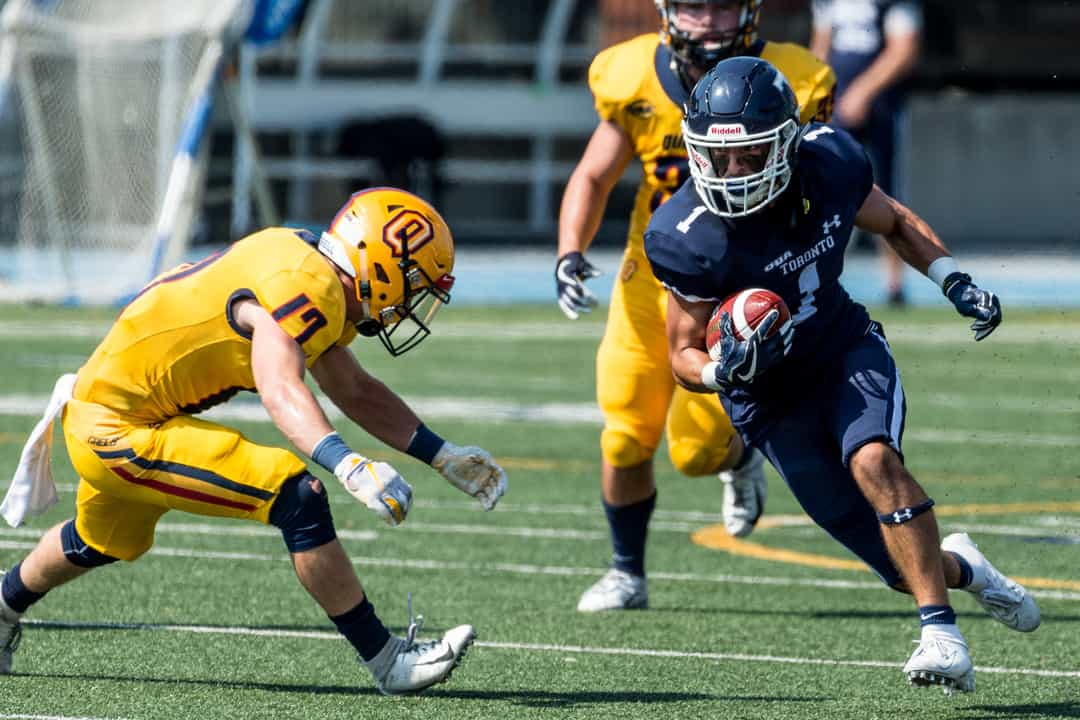 The Blues' comeback efforts came up  just short against Queen's. COURTESY OF SEYRAN MAMMADOV/VARSITY BLUES