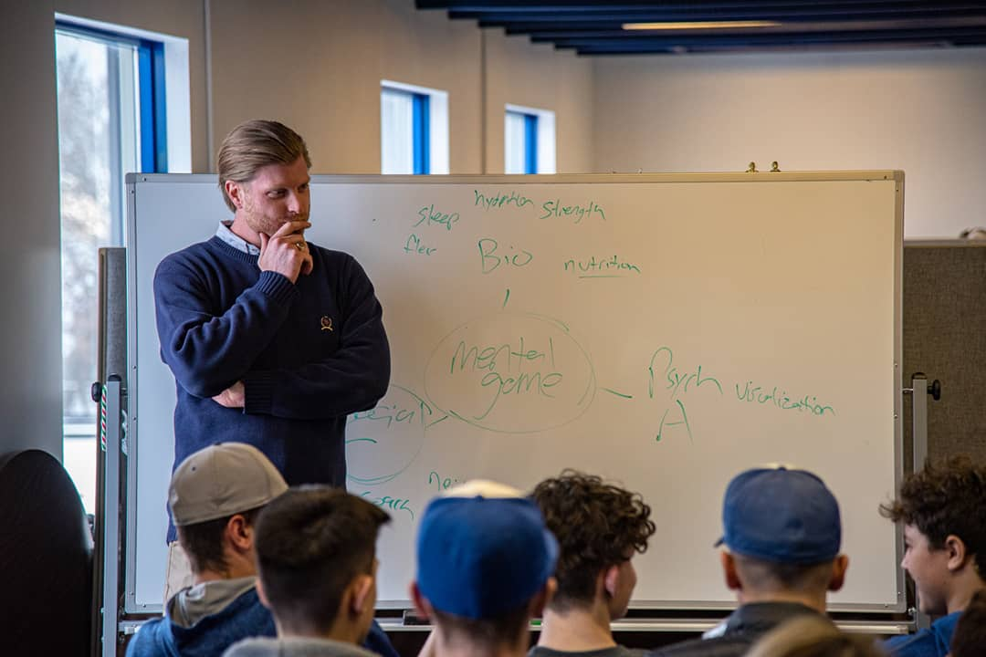 Wager delivers a seminar on mental game at the Ontario Blue Jays Clubhouse.  COURTESY OF SETH MANDEL
